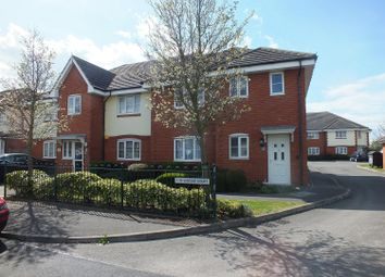 Thumbnail 2 bed flat for sale in Oxford Avenue, Hayes
