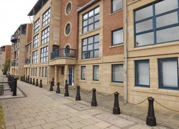 Thumbnail 2 bedroom flat to rent in Mariners Wharf, Quayside