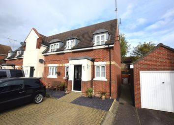 Thumbnail 2 bed maisonette for sale in Stanley Rise, Springfield, Chelmsford