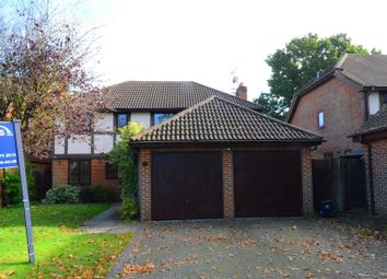 Thumbnail 4 bed detached house to rent in Manor Park Drive, Finchampstead, Wokingham