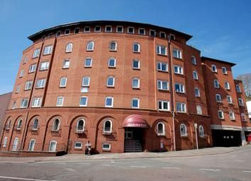 Thumbnail 1 bed flat for sale in Stratheden Court, Market Street, Torquay