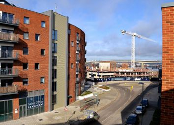 Thumbnail 2 bedroom flat for sale in Centenary Quay, John Thornycroft Road, Southampton
