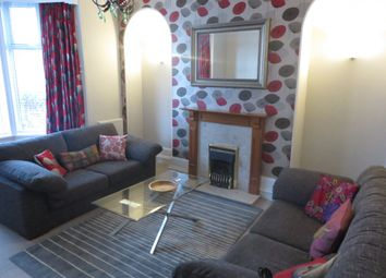 2 bed flat to rent in Grosvenor Place, Aberdeen AB25