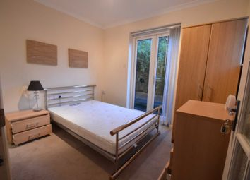 Thumbnail Room to rent in Little Green Lane, Chertsey
