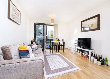 Thumbnail 1 bed flat to rent in Gwynn Road, Battersea, London