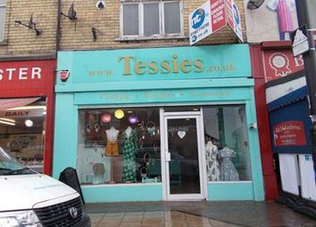 Thumbnail Retail premises to let in 75 Newland Avenue, Hull, East Yorkshire