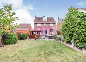 5 bed detached house for sale in Dove Close, Chafford Hundred, Grays RM16