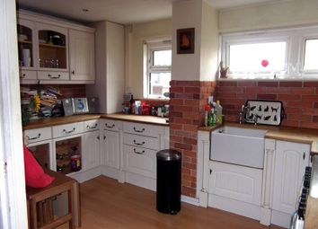 3 bed maisonette to rent in Shepherds Gardens, Birmingham B15