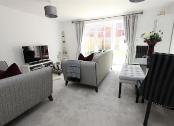 Thumbnail 3 bedroom detached house to rent in Cecily Close, Berkhamsted, Hertfordshire