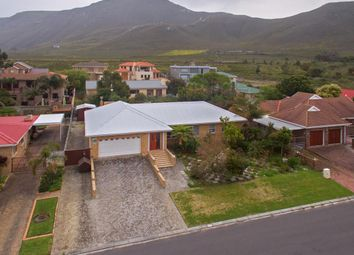 Thumbnail Detached house for sale in 16 Gladiolus Avenue, Heuningkloof, Kleinmond, Western Cape, South Africa