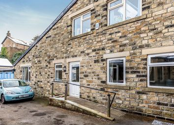 Thumbnail 1 bed flat to rent in Ferncliffe Drive, Keighley