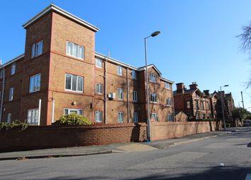 Thumbnail 2 bedroom flat to rent in Devonshire Road, Prenton