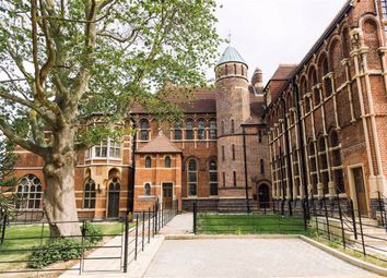 Thumbnail 3 bed flat for sale in Wildernesse House, Wilderness Close, Edgware