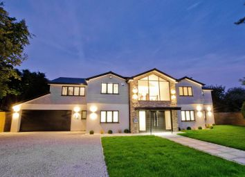 Thumbnail 5 bedroom detached house for sale in Netherwood Road, Beaconsfield