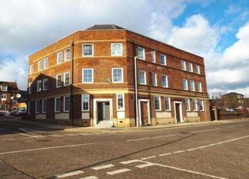 Thumbnail 3 bed flat to rent in Duke Street, Luton