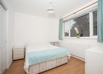 Thumbnail 1 bed property to rent in Fallowfields, Bicester