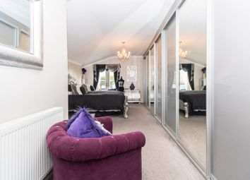 Thumbnail 3 bedroom maisonette for sale in Westcliff Avenue, Westcliff-On-Sea