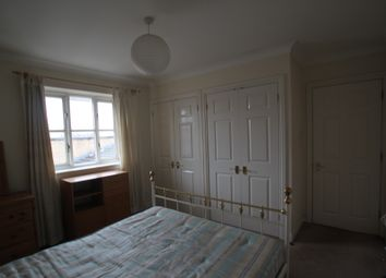 Thumbnail Room to rent in Goddard Place, London