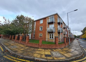 Thumbnail 2 bed flat for sale in Hulme, Manchester