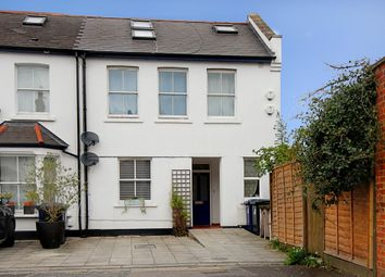 Thumbnail 2 bed flat for sale in Berrymede Road, London