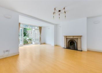 Thumbnail 2 bed flat to rent in Englefield Road, London