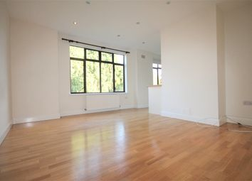 Thumbnail 4 bed flat to rent in Foxgrove Avenue, Beckenham