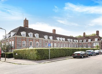 3 bed flat for sale in South Square, London NW11