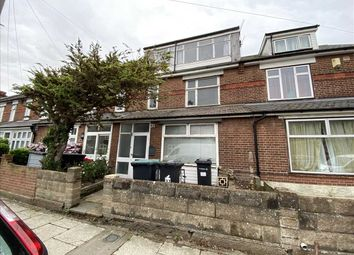 Thumbnail Terraced house for sale in Meadow Road, Gravesend