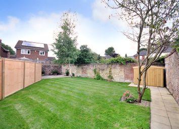 Mannings Heath, Horsham, West Sussex RH13. 1 bed flat