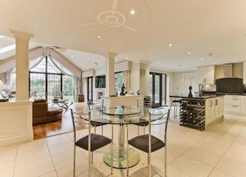 Thumbnail 6 bedroom detached house to rent in Firfields, Cobbetts Hill