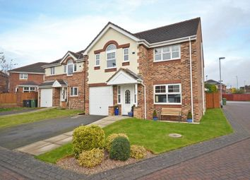 Thumbnail 4 bedroom detached house for sale in Shancara Court, Tingley, Wakefield