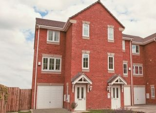 Thumbnail 4 bed town house to rent in Spring Place Gardens, Mirfield