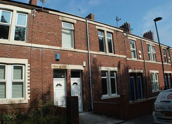 Thumbnail 1 bedroom flat to rent in Holly Avenue, Wallsend