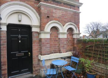 2 bed flat to rent in North Road, The Park, Nottingham NG7