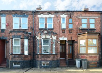Thumbnail Room to rent in Victoria Street, Hartshill, Newcastle Under Lyme