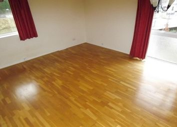 Thumbnail 2 bedroom flat to rent in Godstone Road, Purley