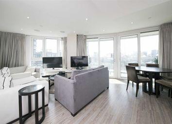 Thumbnail 3 bedroom flat to rent in Alie Street, London