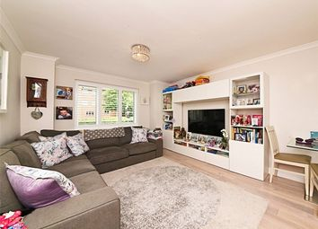 Thumbnail 2 bed flat for sale in Oakridge Drive, East Finchley