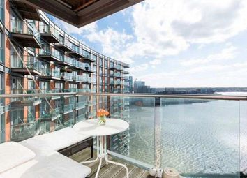 Thumbnail 2 bed flat to rent in New Providence Wharf, 1 Fairmont Ave, London