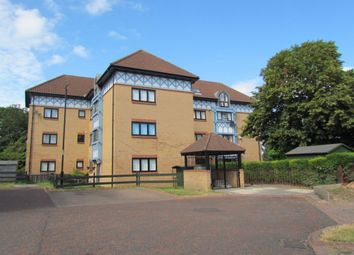 2 bed flat to rent in Cartington Court, Newcastle Upon Tyne NE3