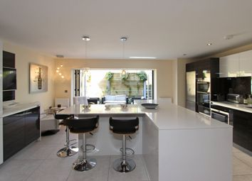 4 bed end terrace house for sale in Dacre Close, Chipstead, Coulsdon CR5