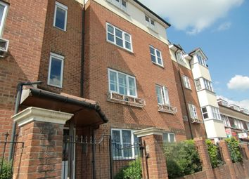 Thumbnail 1 bedroom flat for sale in Gladesmere Court, Watford