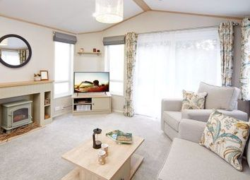 Thumbnail 2 bedroom lodge for sale in London Road, Kessingland, Lowestoft