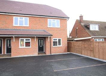 3 bed terraced house to rent in Bath Road, Reading RG7