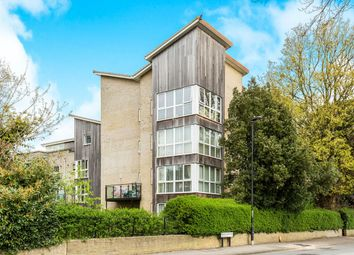 Thumbnail 2 Bed Flat For Sale In Regents Park Road Southampton