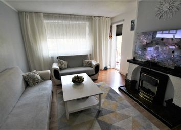 Thumbnail 2 bed flat to rent in Reed Road, London