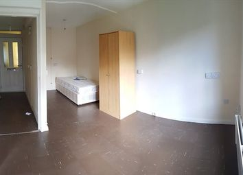Thumbnail 1 bed flat to rent in Wellington Close, New Cross