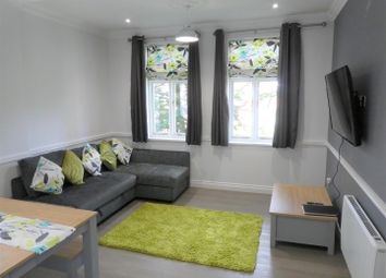 Catherines Close, Catherine-De-Barnes, Solihull B91. 1 bed flat