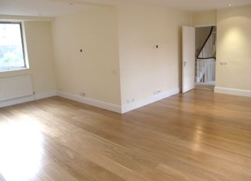 Thumbnail 6 bed flat to rent in Norfolk Crescent, London