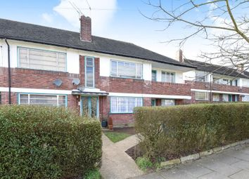 Thumbnail Flat to rent in Ossulton Way, London N2,